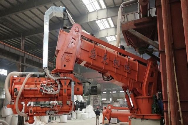 高溃散性水玻璃砂处理设备在铸钢件中的应用